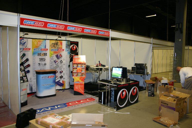 Dane-elec booth