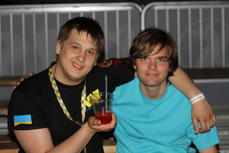 Zeus and esenin from Na`Vi