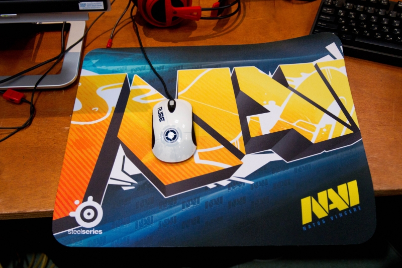 SteelSeries QcK+ Natus Vincere Edition