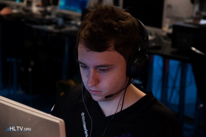 NiP-GeT_RiGhT-