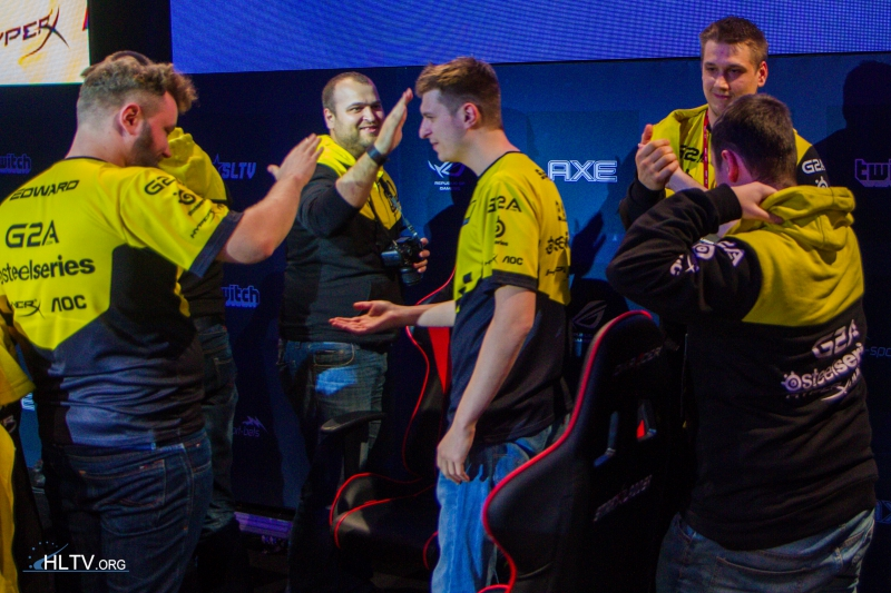 Na`Vi winning the first map against EnVyUs