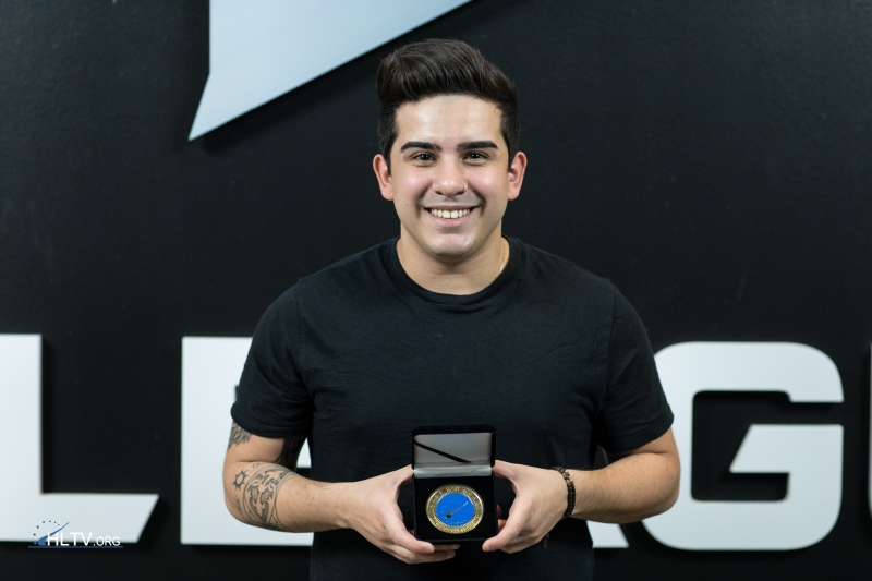 coldzera with his HLTV MVP medal for MLG Columbus 2016