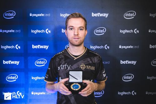 Xizt with his HLTV MVP medal for DreamHack Masters Malmo 2016