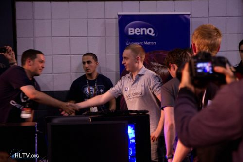 fRoD and GeT_RiGhT handshaking