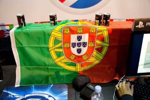 defs brought the Portuguese flag
