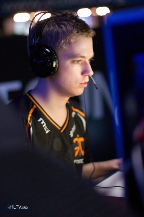 Xizt from fnatic