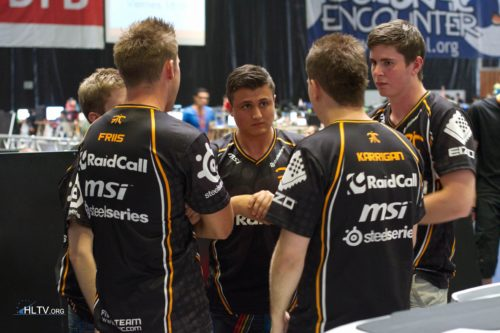 fnatic with a quick talk before going live on de_dust2