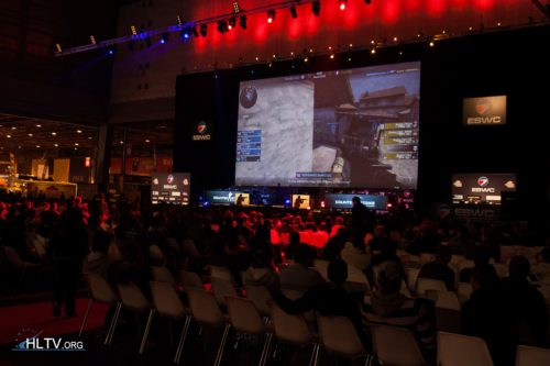 ESWC France final between VeryGames and Buykey took place on the main stage