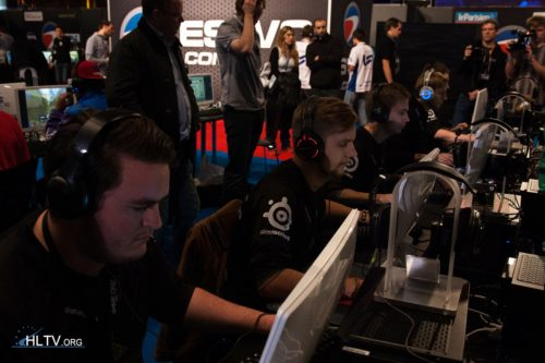 NiP in their ESWC debut against LowLandLions