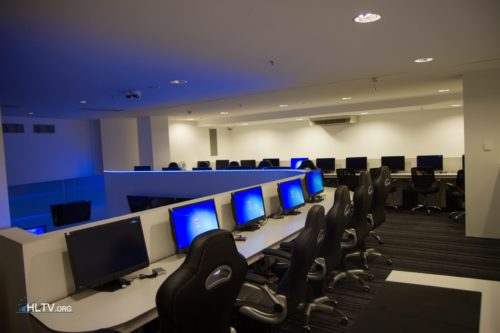 The upper floor of DISTRICT E-Sports Club