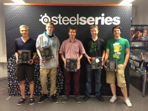 team allu (2nd place) with their SteelSeries Siberia V2 CS:GO headsets
