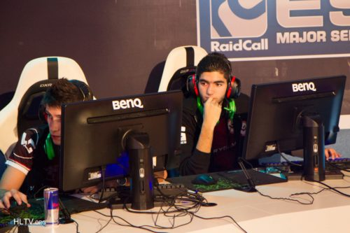 ScreaM worried during the first map