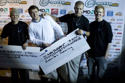 Gravitas Gaming, third place at BattleIT. From left: zone Paddy KK MoRf4r. whimp had to leave shortly after the final.