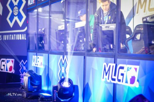 Liquid setting up in the booth