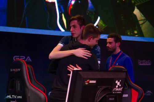 kennyS and device after the game Titan vs. TSM