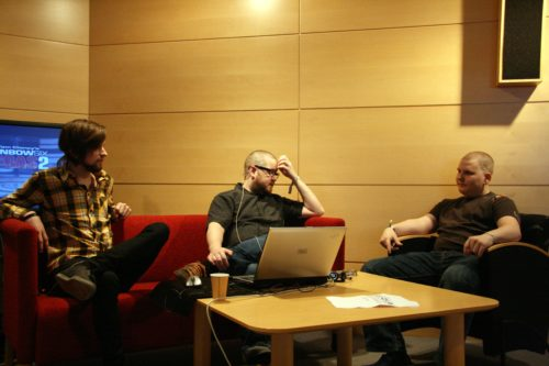 Live stream interview, suom1 on the right.