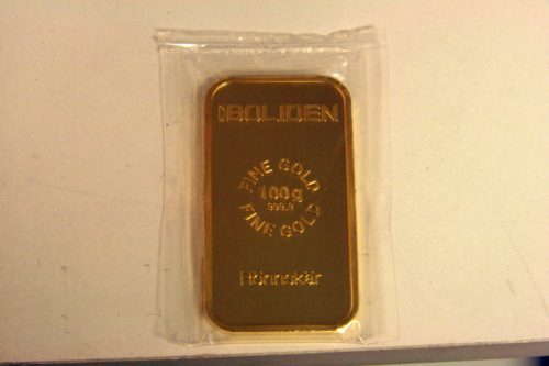 One of the total five gold bars the winning team will receive.