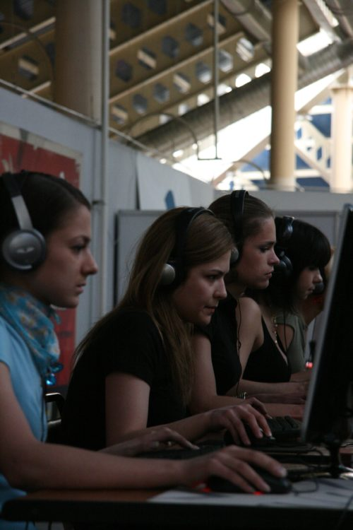Russian girls from forZe playing a showmatch.