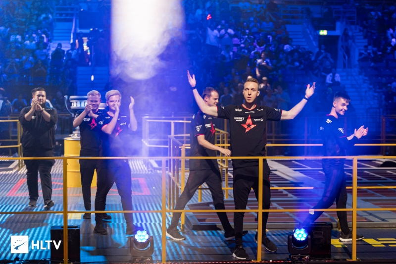 Astralis beat Liquid in two maps